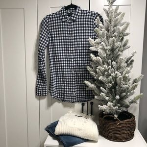 J.Crew Womens Classic-Fit Boy Shirt In Gingham